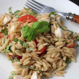 Orzo Salad with Tomatoes, Basil & Balsamic