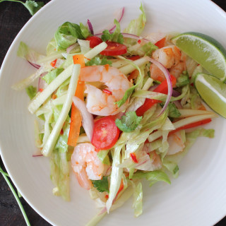 Tasty Thai Salad with Shrimp