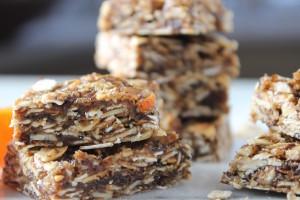 5 ingredient granola bars with calamondin