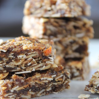 Almond, Date & Orange Granola Bars