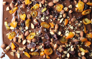 chocolate bark in pan